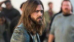 """The Walking Dead's Tom Payne Thinks It Would Be """"Lazy"""" to Make Jesus and Aaron a Couple"""