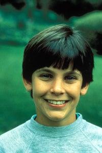 Jeremy Licht as Mark Hogan