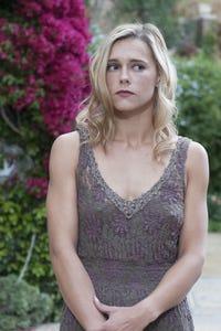 Jillian Nelson as Dakota Mark