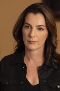 Ayelet Zurer as Daphna