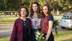 Gilmore Girls: 15 Burning Questions We Have After Watching the Revival