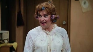 Laverne & Shirley, Season 8 Episode 19 image