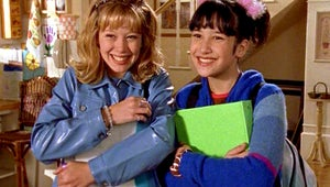 Watch the Lizzie McGuire Cast Reunite for an Anniversary Table Read of the Bra Episode