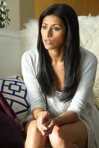 Reshma Shetty as Divya Katdare