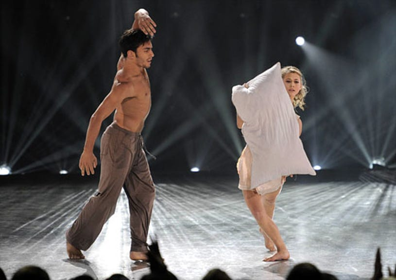 So You Think You Can Dance - Season 7 - Robert Roldan and Lauren Froderman perform a Contemporary routine