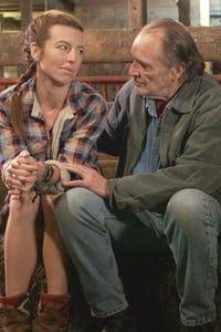 Tom Bower as Russ Fielding