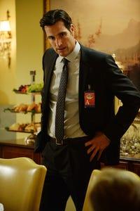 Matthew Del Negro as Dillon