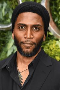 Yusuf Gatewood as Vincent/Finn