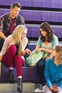 Laura Ashley Samuels as Beth