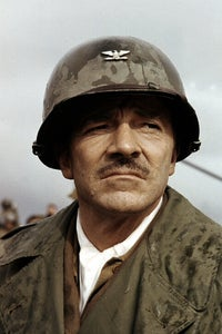 Dana Andrews as Lt. Cmdr. Dewey Connors