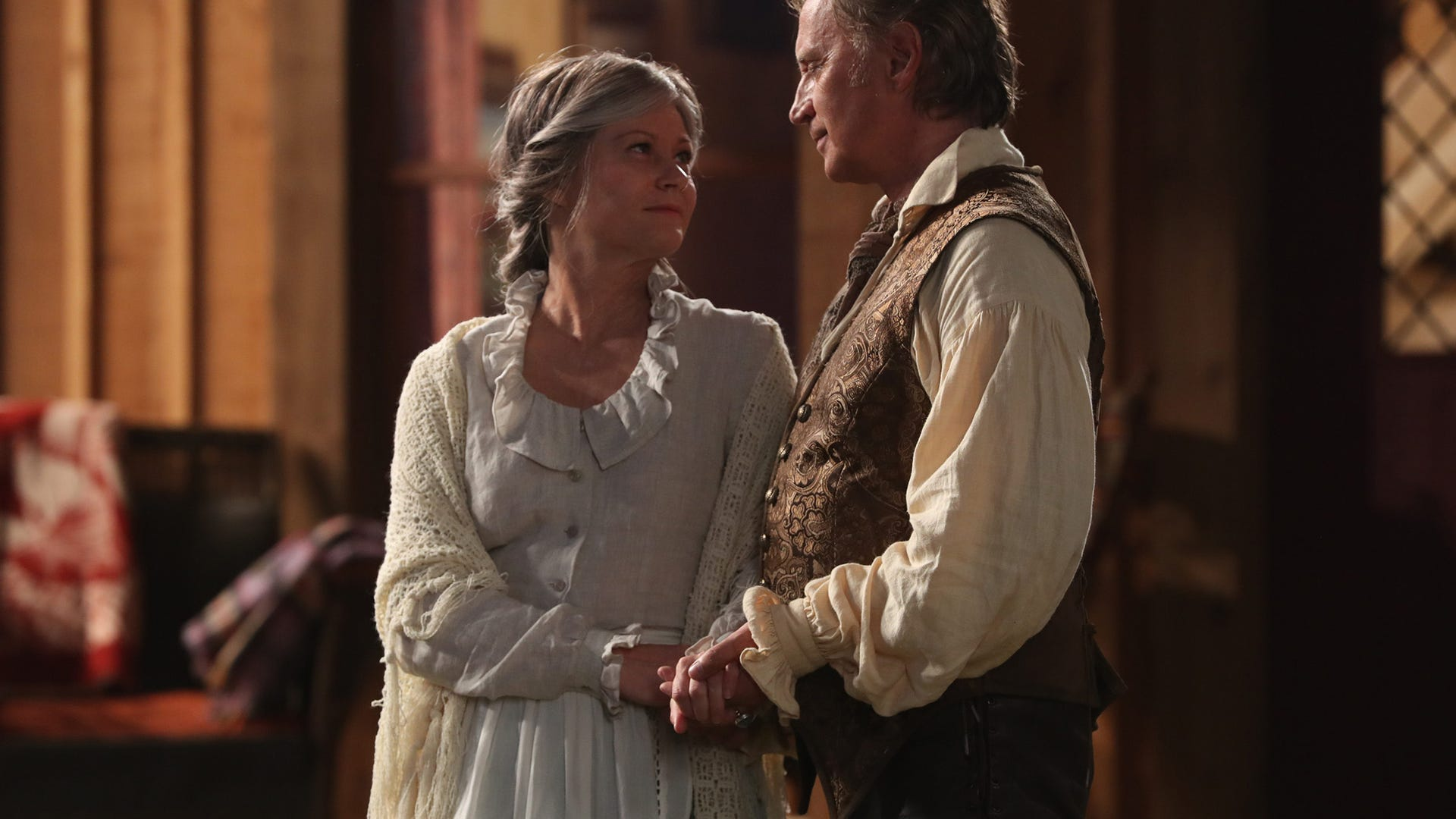Robert Carlyle and Emilie de Ravin, Once Upon a Time