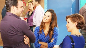 Keck's Exclusives First Look: Welcome to the Family Hosts Desperate Housewives Reunion