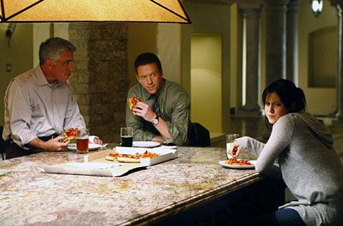 "Life - Season 2, ""Jackpot"" - Adam Arkin as Ted Early, Damian Lewis as Charlie Crews, Jessy Schram as Rachel Seybolt"