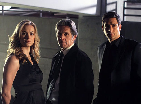 "Chuck - Season 4 - ""Chuck vs. The Wedding Planner"" - Yvonne Strahovski as Sarah Walker, Gary Cole as Jack Burton and Zachary Levi as Chuck Bartowski"