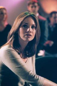 Heidi Schanz as Staci
