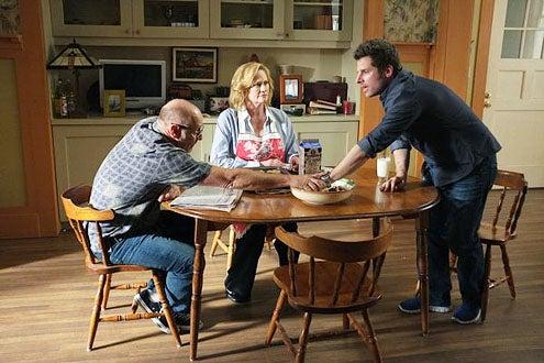 """Psych - Season 7 - """"Juliet Takes a Luvvah"""" - Corbin Bernsen, Cybill Shepherd and James Roday"""