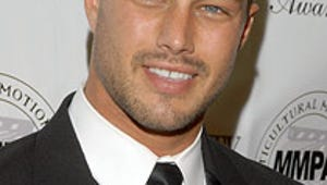 Pilot Season: Vampire Diaries' Taylor Kinney Joins Dick Wolf's Chicago Fire