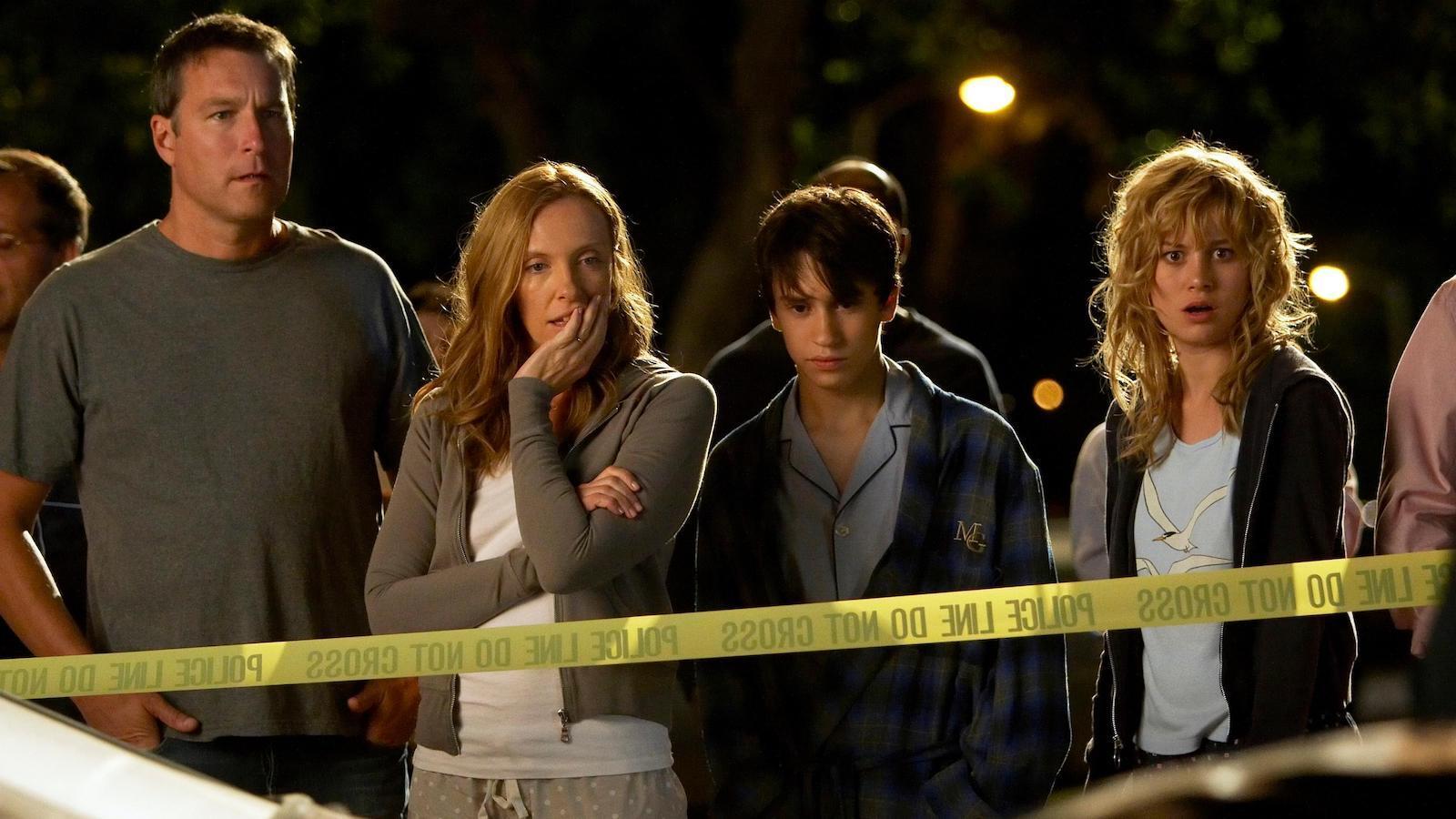 John Corbett, Toni Collette, Keir Gilchrist, and Brie Larson, United States of Tara