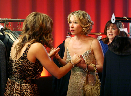Samantha Who - Season 1 - Jennifer Esposito and Christina Applegate