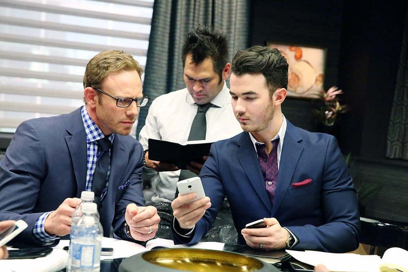 The Celebrity Apprentice - Season 14 - Ian Ziering, Johnny Damon and Kevin Jonas