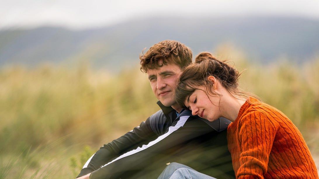 Paul Mescal and Daisy Edgar-Jones, Normal People