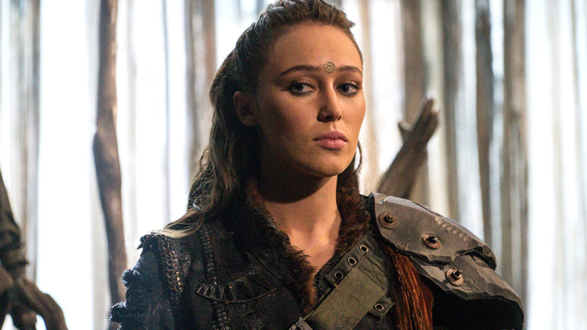 Alycia Debnam-Carey, The 100