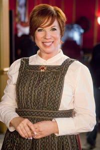 Vicki Lawrence as Dana