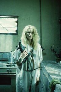Kelly Lynch as Gloria Albright