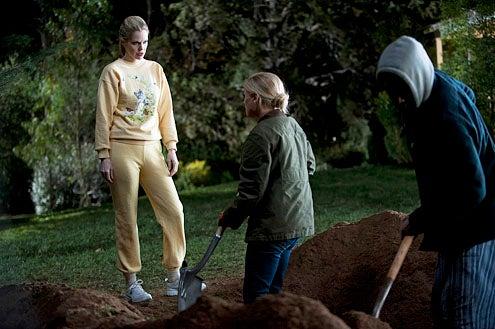 "True Blood - Season 5 - ""Turn! Turn! Turn!"" - Kristin Bauer van Straten, Anna Paquin and Nelsan Ellis"