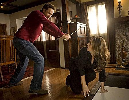 "Ghost Whisperer - Season 4, ""Ball & Chain"" - Guest star George Newbern as Roger, Jennifer Love Hewitt as Melinda"