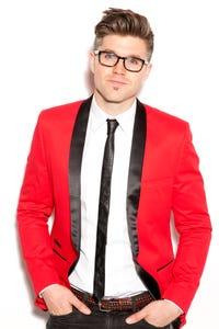 Darren Kennedy as Shawn