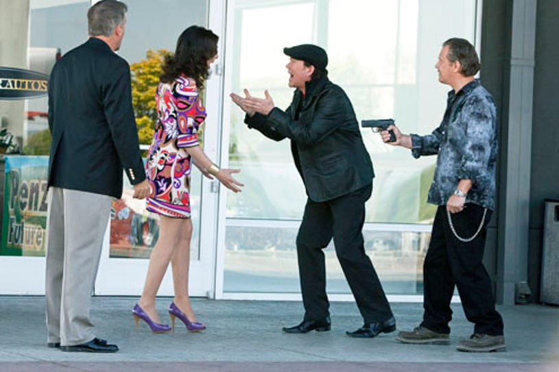 """Leverage - Season 3 -""""The Boost Job"""" - Bill Engvall, Gina Bellman and Timothy Hutton"""