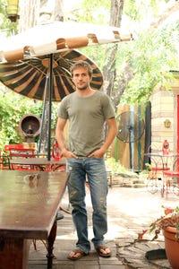 Michael Stahl-David as Riordan Shea