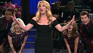 VIDEO: Christina Applegate Breaks Out the Song and Dance for SNL, Usain Bolt Stops By