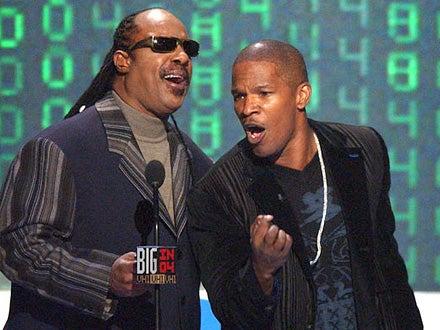 Stevie Wonder and Jamie Foxx - VH1 Big in '04 Awards, December 1, 2004
