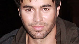 Rep: Enrique Iglesias Not Touring with Britney Spears