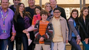 """ABC """"Optimistic"""" About Modern Family Salary Negotiations"""