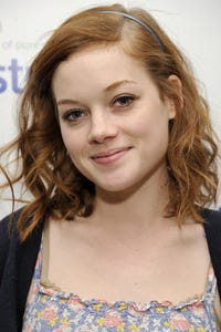 Jane Levy as Dez