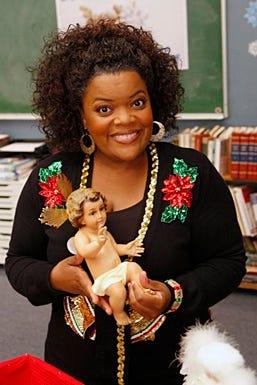 "Community - Season 1 - ""Comparative Religion"" Episode 111 - Yvette Nicole Brown as Shirley"