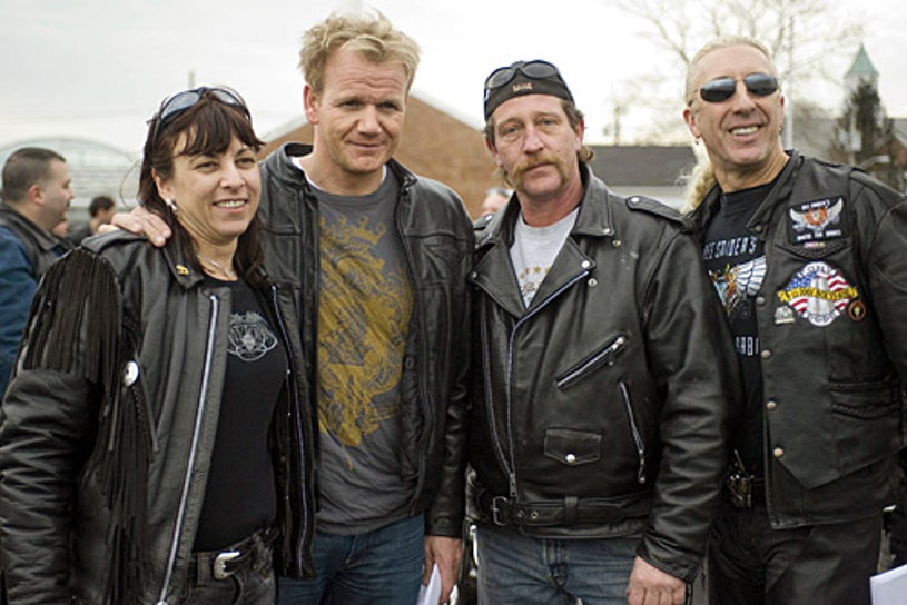 Kitchen Nightmares - Season 2 - Chef Gordon Ramsay with special guest Dee Snider of Twisted Sister, travels to Mt. Sinai, NY, to help owners Billy  and Carolyn of Handlebar Resuarant