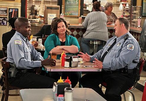 "Mike & Molly - Season 1 - ""Carl is Jealous"" - Melissa McCarthy, Billy Gardell, Reno Wilson"