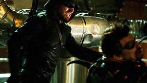 Arrow Finale Scoop: Can Oliver Take Down Slade Wilson?