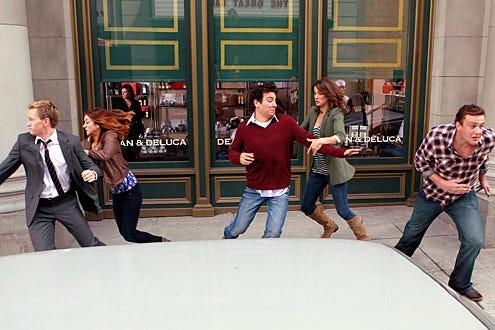 "How I Met Your Mother - Season 6 - ""Subway Wars"" - Neil Patrick Harris, Alyson Hannigan, Josh Radnor, Jason Segel, Cobie Smulders"