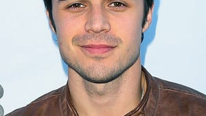 Kris Allen, Pregnant Wife Injured in Car Accident
