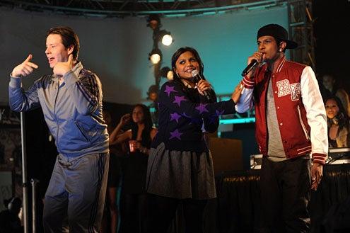 "The Mindy Project - Season 1 - ""Mindy's Brother"" - Ike Barinholtz, Mindy Kaling, Utkarsh Ambudkar"