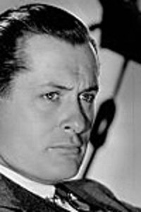 Robert Montgomery as Elyot Chase