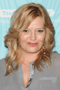 Melissa Peterman as Bonnie Wheeler