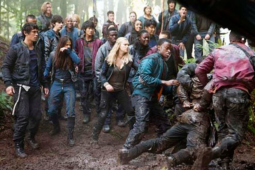 """The 100 - Season 1 - """"Murphy's Law"""" - Bob Morley, Marie Avgeropoulos and Eliza Taylor"""