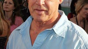 Juliette Lewis' Dad, Western Actor Geoffrey Lewis, Dies at 79