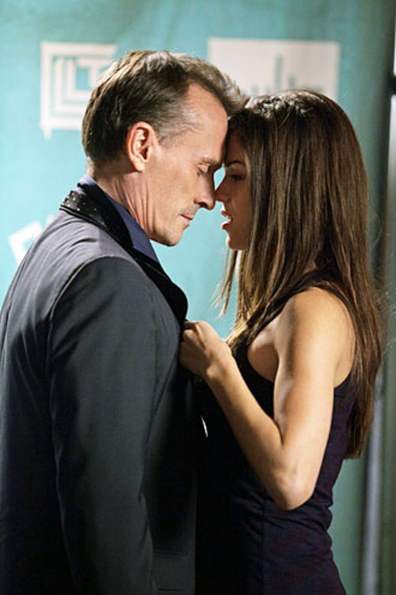 """Cult - Season 1 - """"Off to See The Wizard"""" - Robert Knepper and Marie Avgeropoulos"""